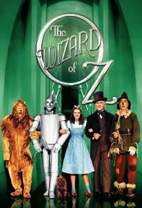 The Wizard of Oz characters Dorothy, the Cowardly Lion, the Tin Man, Toto & the Scarecrow.