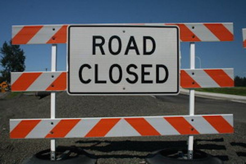 Road-Closed-Sign-800x533