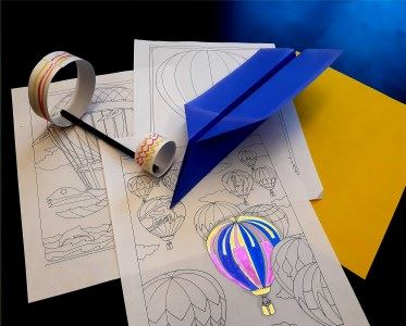 Make paper take flight with instructions and materials for paper airplanes, plus coloring pages.